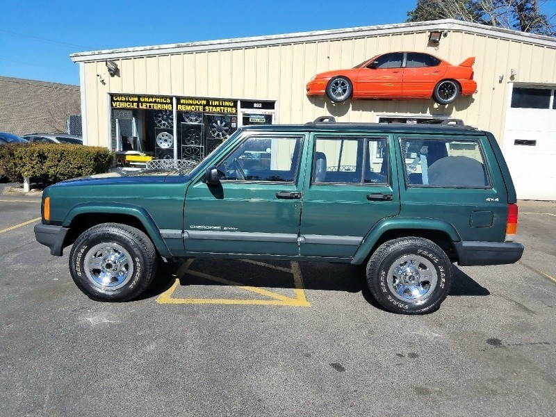 1999 jeep cherokee 4dr sport 4wd automatic inventory ziggy 39 s auto specialties auto. Black Bedroom Furniture Sets. Home Design Ideas