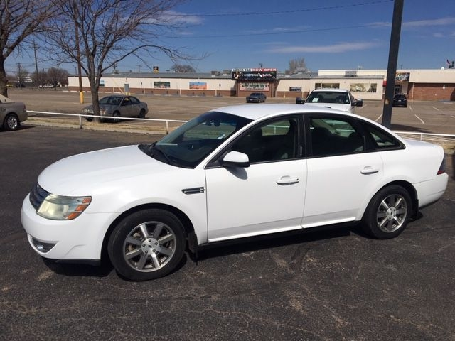 FORD TAURUS 2008 price $7,990