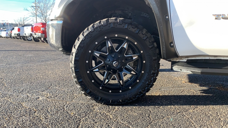 Toyota Tundra 4WD Truck 2016 price Call for Pricing.