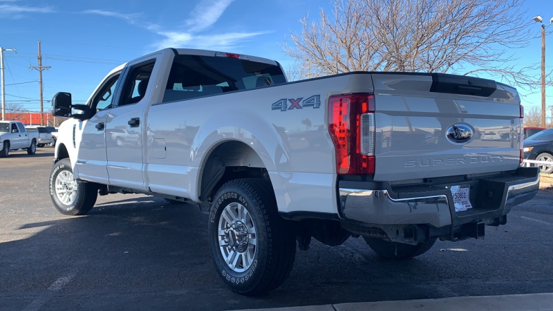 Ford Super Duty F-350 SRW 2019 price Call for Pricing.