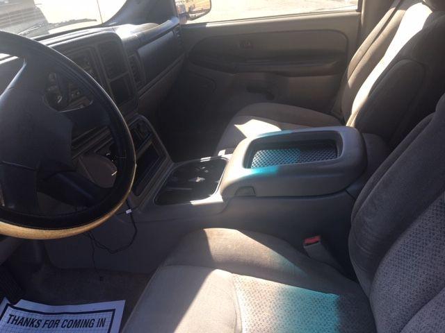 Chevrolet Suburban 2003 price $6,990