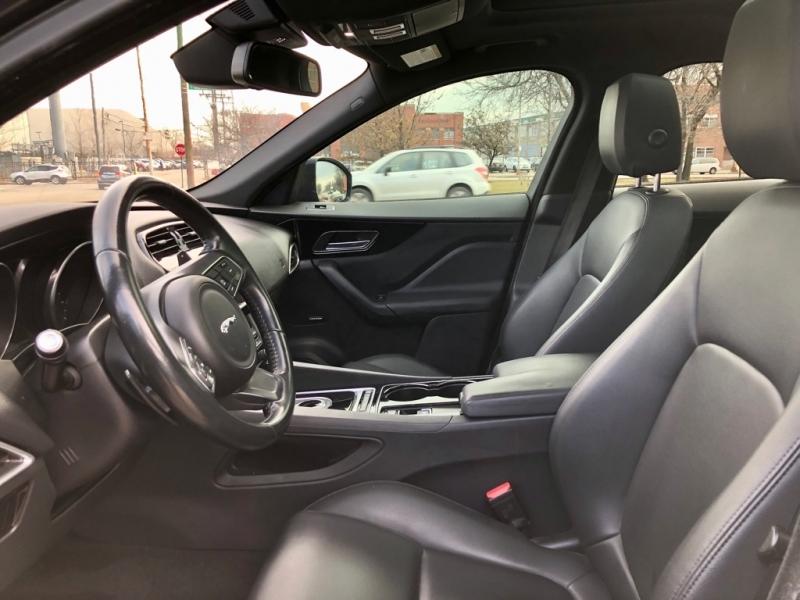 Jaguar F-PACE 2017 price $26,995