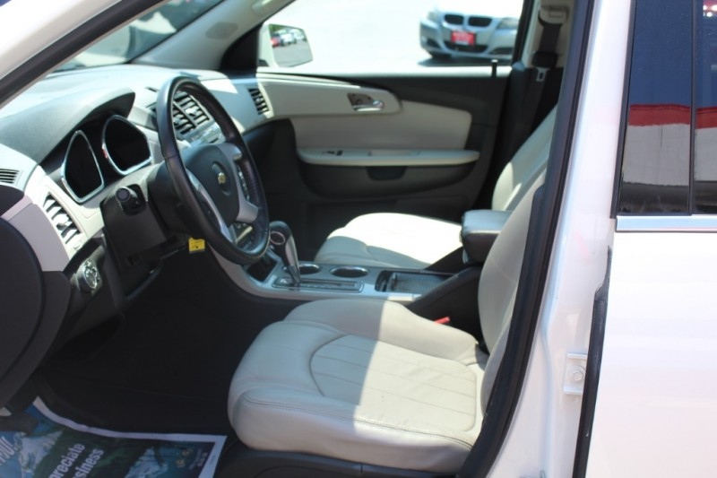Chevrolet Traverse 2012 price $16,999