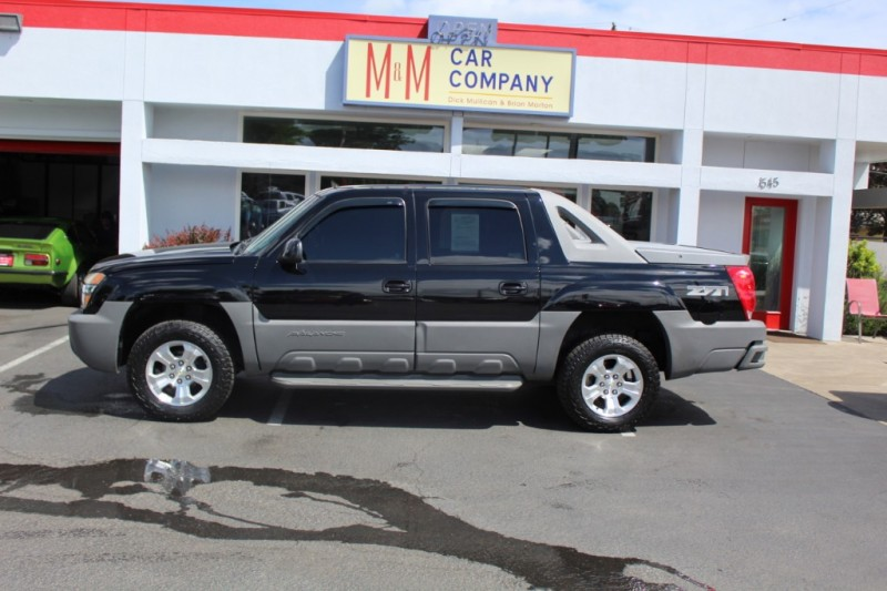 Chevrolet Avalanche 2002 price $7,499