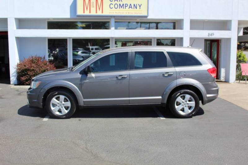 Dodge Journey 2013 price $10,999