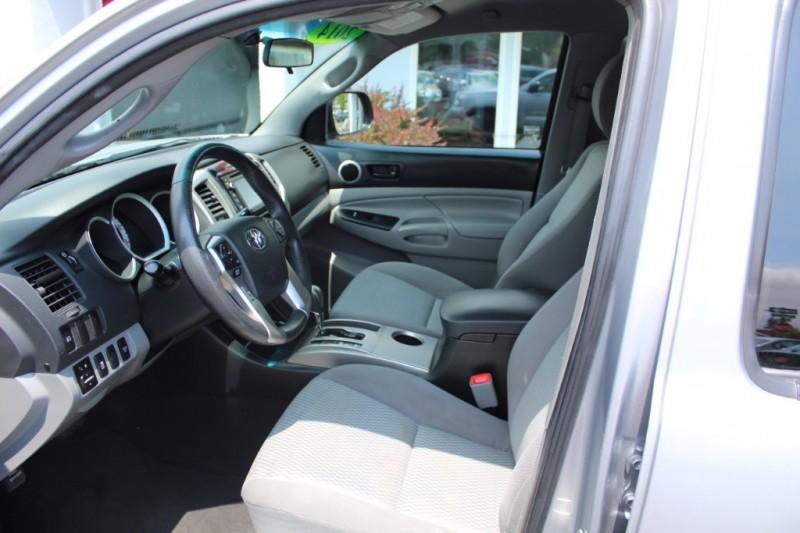 Toyota Tacoma 2014 price $28,999