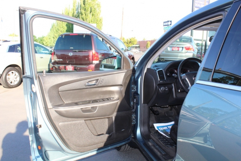 GMC Acadia 2009 price $8,499