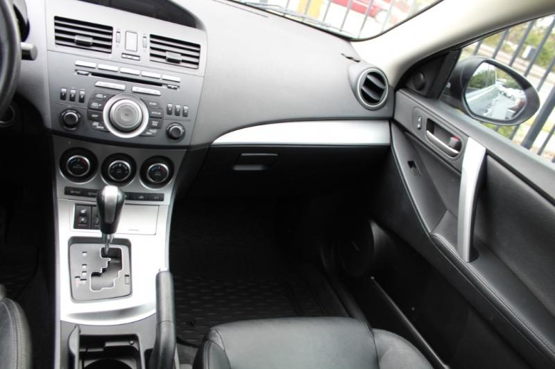 Mazda Mazda3 2011 price $0