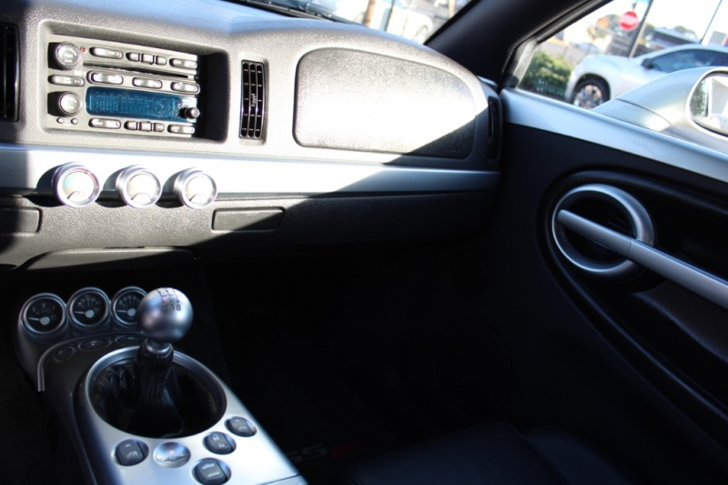 Chevrolet SSR 2005 price $18,999