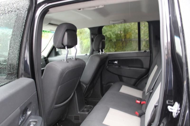 Jeep Liberty 2010 price $8,999
