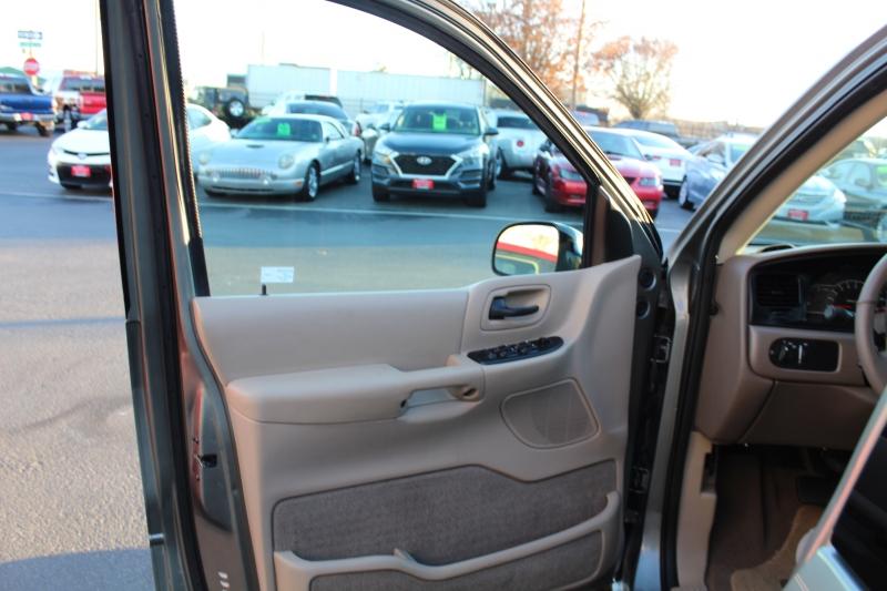 Ford Windstar Wagon 2000 price $3,999