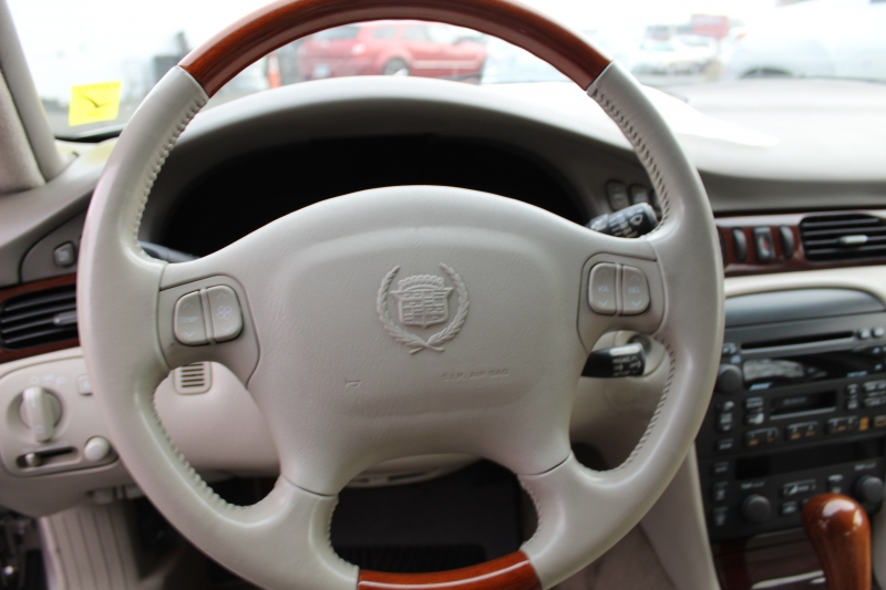 Cadillac Seville 1999 price $2,999
