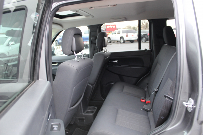 Jeep Liberty 2012 price $9,499