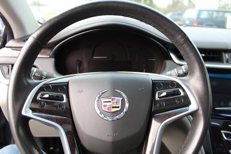 Cadillac XTS 2013 price $13,999