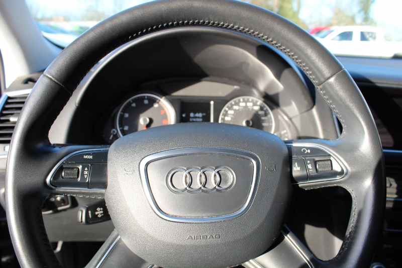 Audi Q5 2017 price $28,999