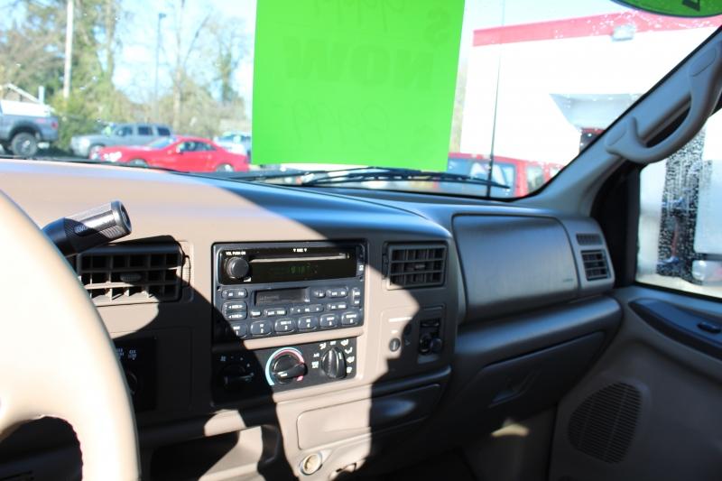 Ford Super Duty F-250 2002 price $8,999