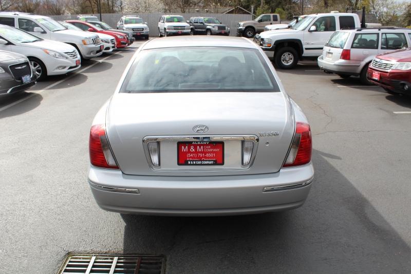 Hyundai XG350 2005 price $5,999