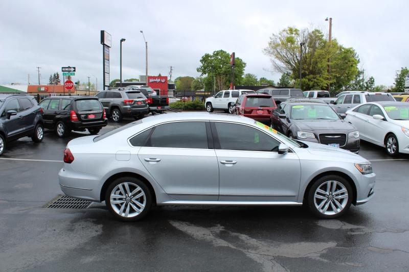 Volkswagen Passat 2017 price $16,499