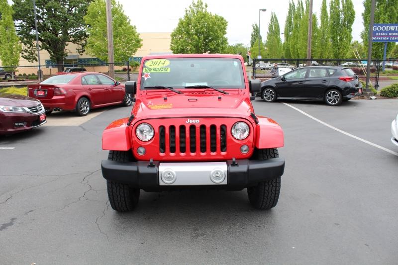 Jeep Wrangler Unlimited 2014 price $26,999