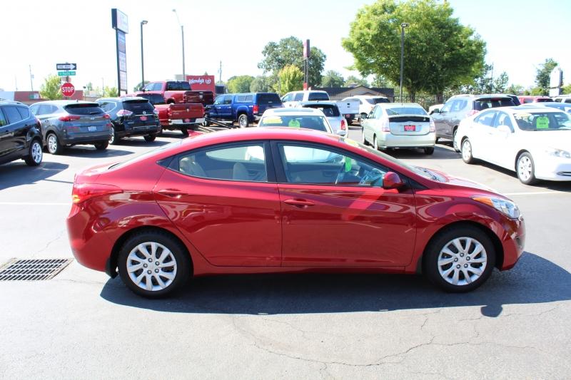 Hyundai Elantra 2012 price $10,999