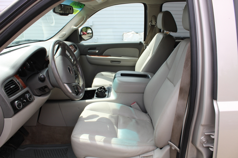 GMC Yukon XL 2008 price $10,999