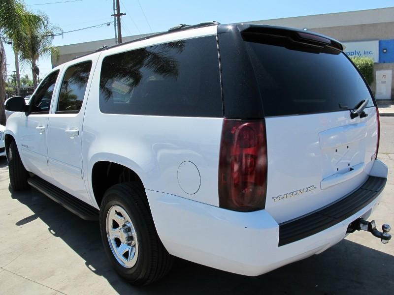 GMC Yukon XL 2013 price $13,995