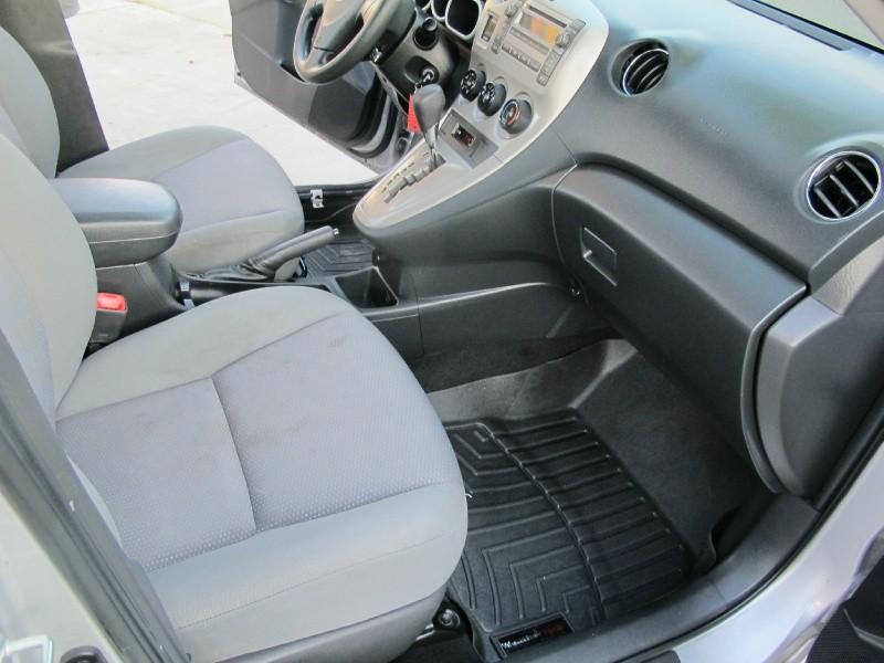 Toyota Matrix 2009 price $6,995
