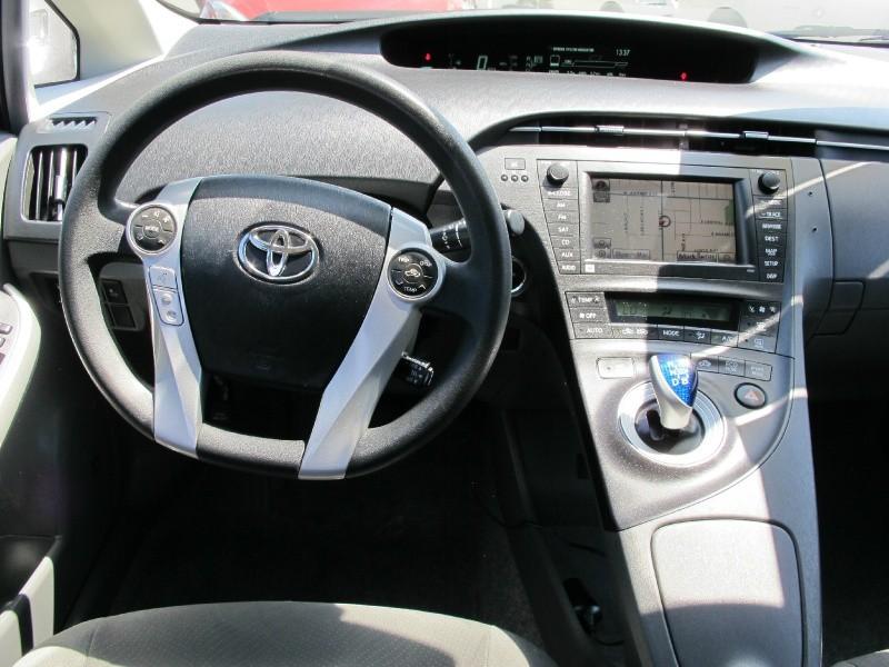 Toyota Prius 2011 price $9,995