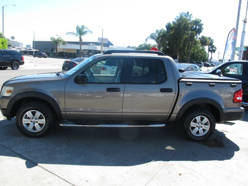 Ford Explorer Sport Trac 2007 price $10,495