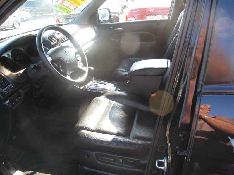 Acura MDX 2006 price $9,995