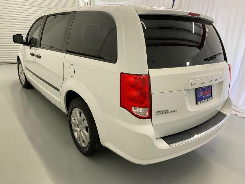 Dodge Grand Caravan 2016 price $13,995