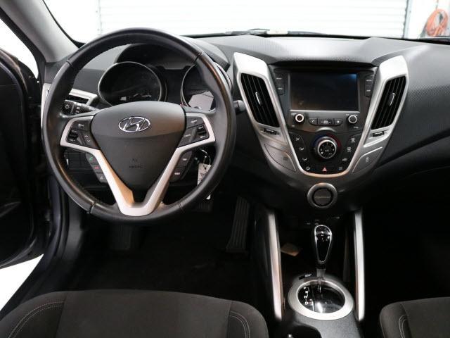 Hyundai Veloster 2017 price $13,995