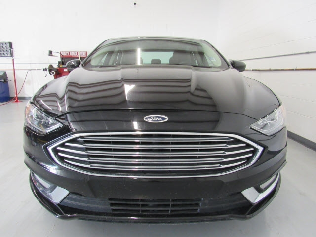 Ford Fusion Hybrid 2017 price $15,995