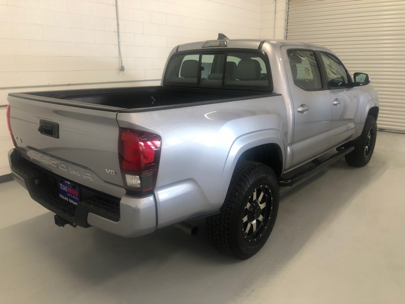 Toyota Tacoma 2018 price $30,995