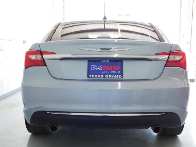 Chrysler 200 2012 price $7,995