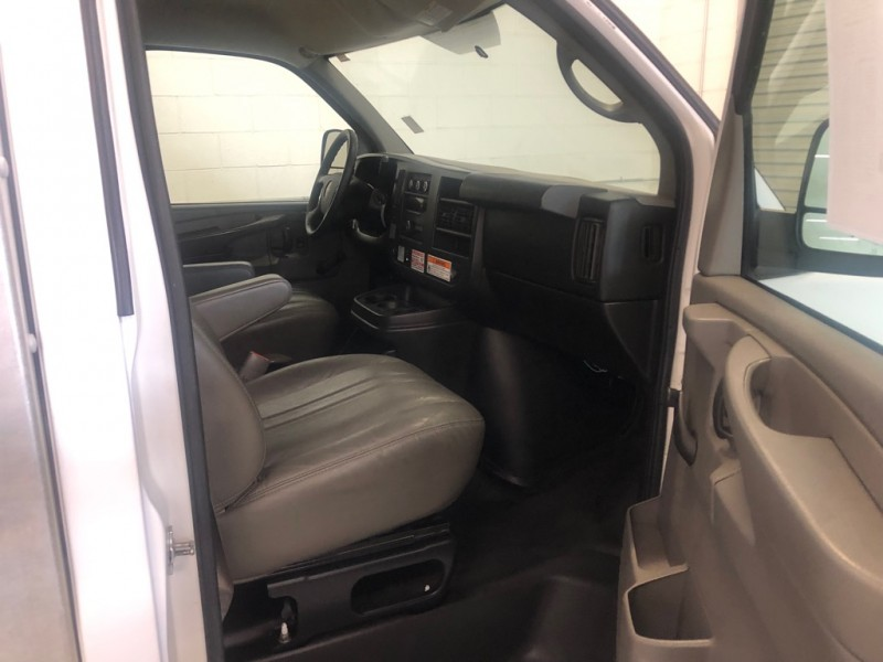 GMC Savana Commercial Cutaway 2012 price $10,995