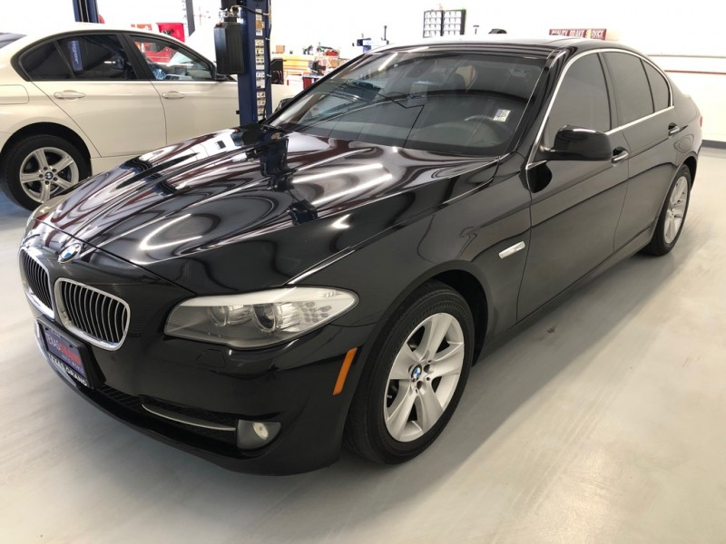 BMW 5-Series 2012 price $12,995