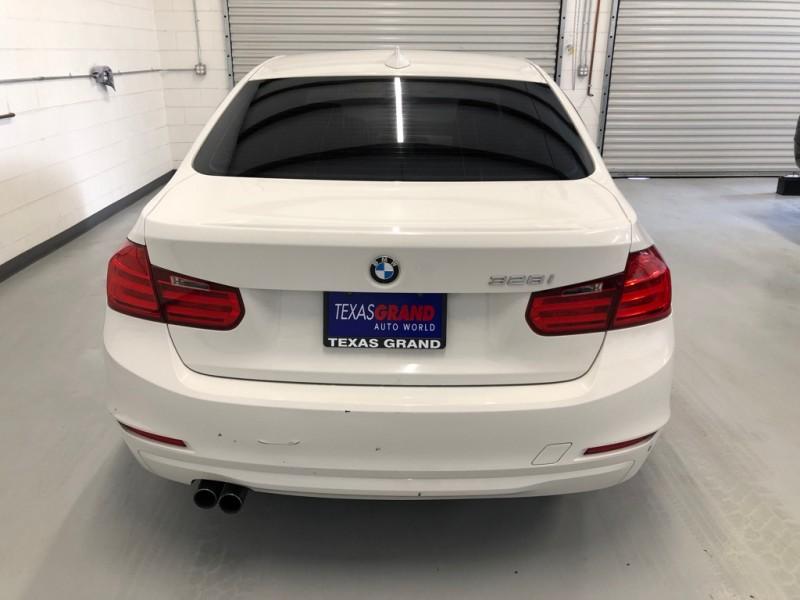 BMW 3-Series 2012 price $11,995