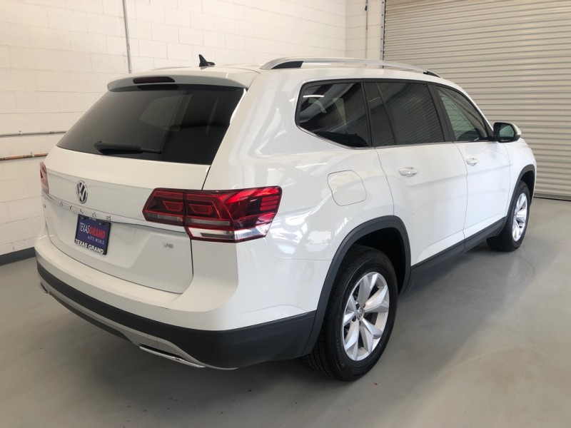 Volkswagen Atlas 2018 price $28,995