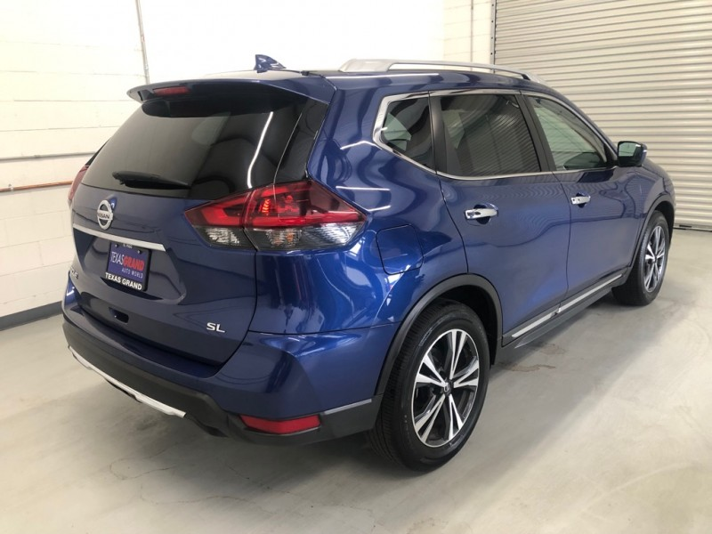 Nissan Rogue 2018 price $21,995