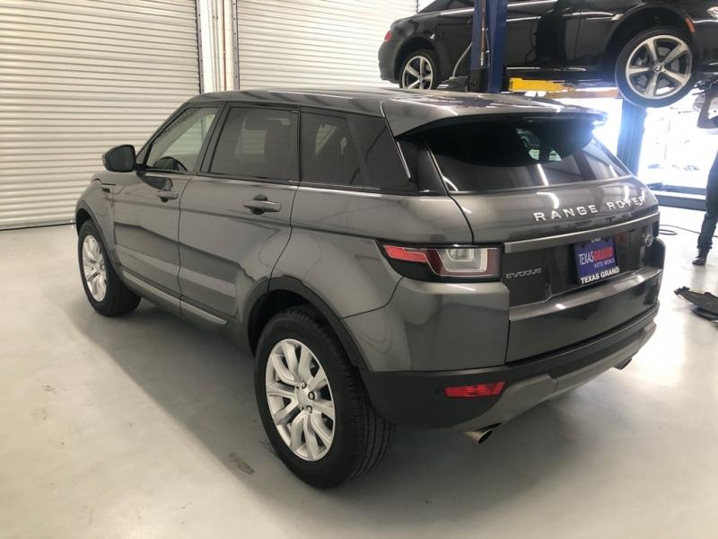 Land Rover Evoque 2019 price $34,995