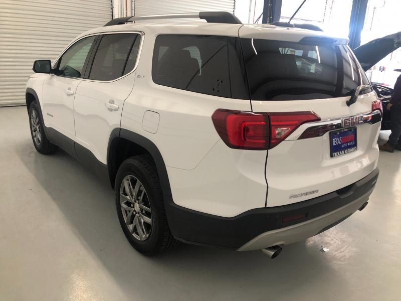 GMC Acadia 2019 price $28,995