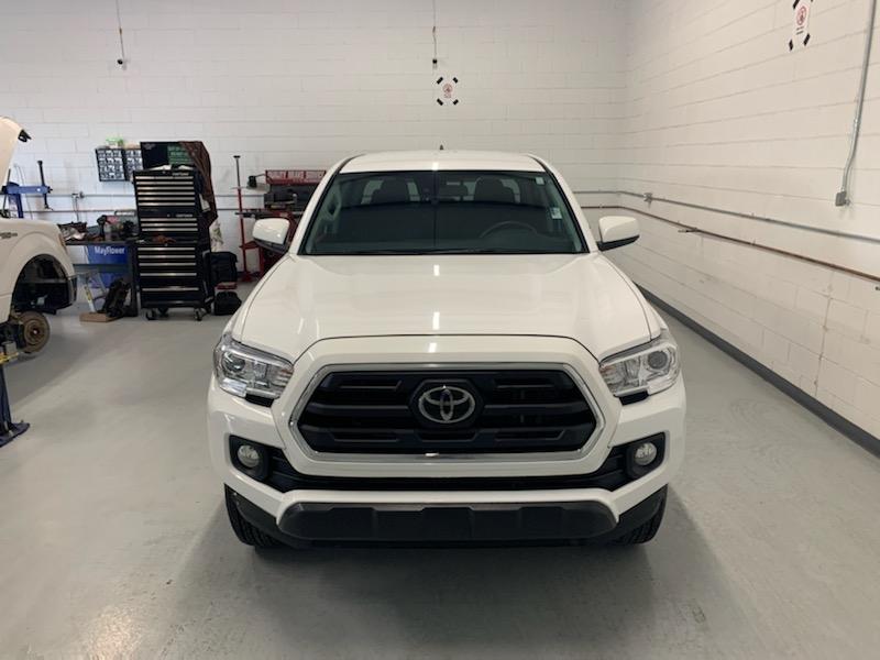 Toyota Tacoma 2019 price $25,995