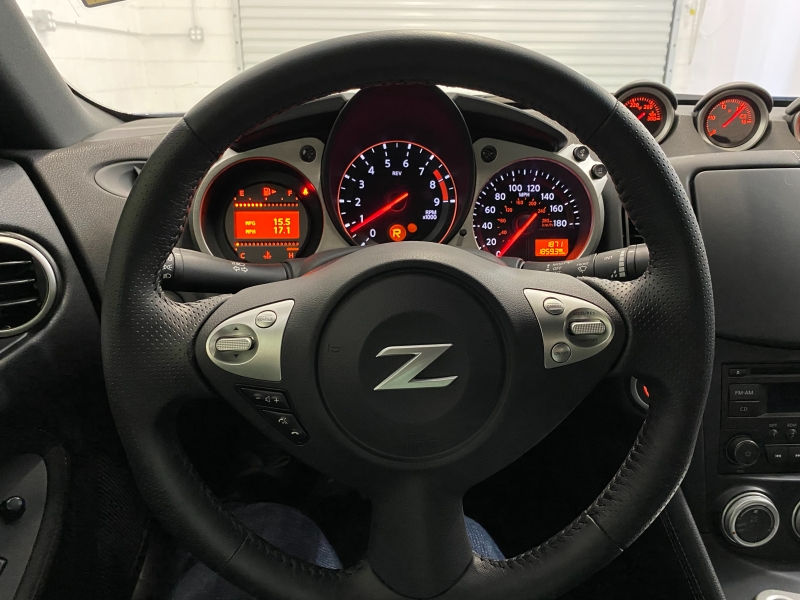 Nissan 370 Z 2020 price $34,995