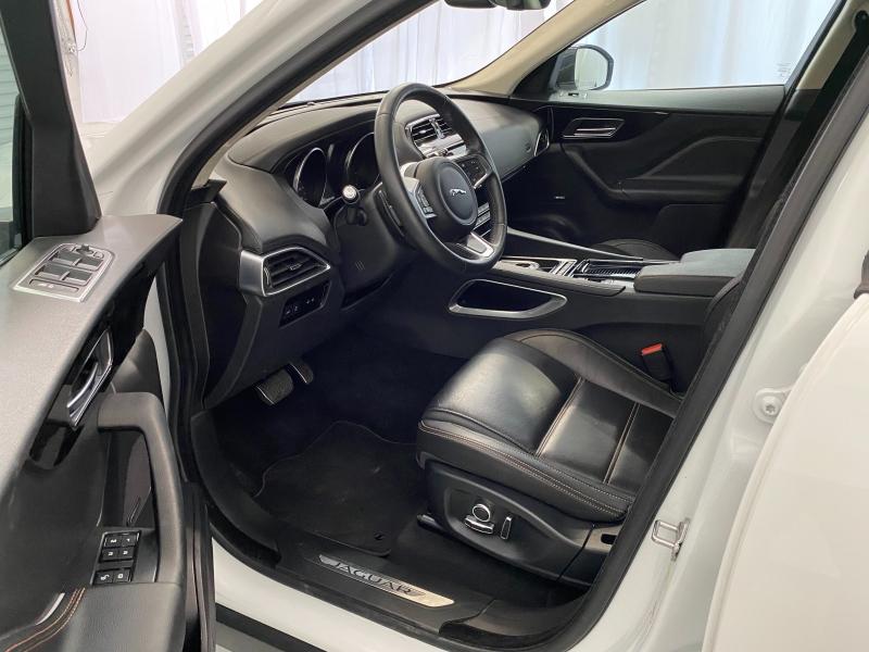 Jaguar F-PACE 2019 price $33,995