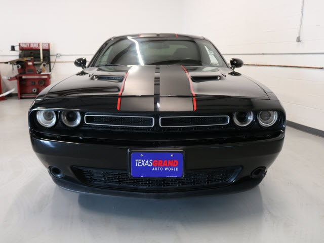 Dodge Challenger 2016 price $19,995