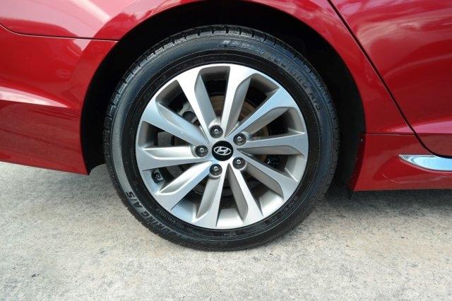 Hyundai Sonata 2015 price $11,895
