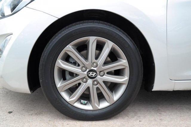 Hyundai Elantra 2016 price $9,290