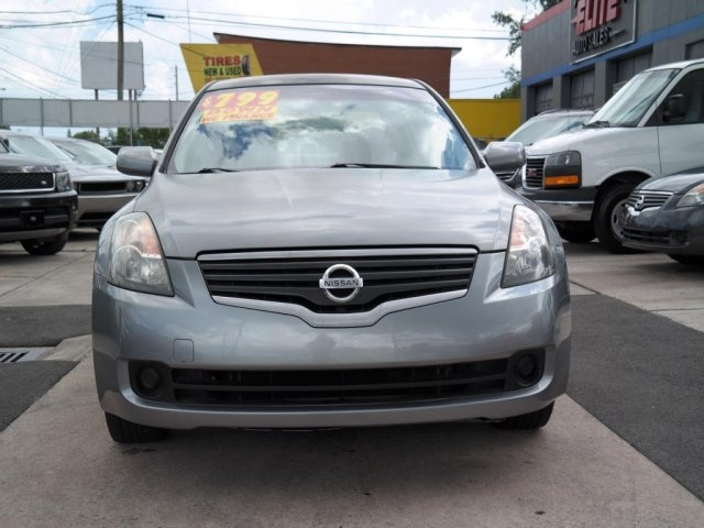 Nissan Altima 2007 price $2,695