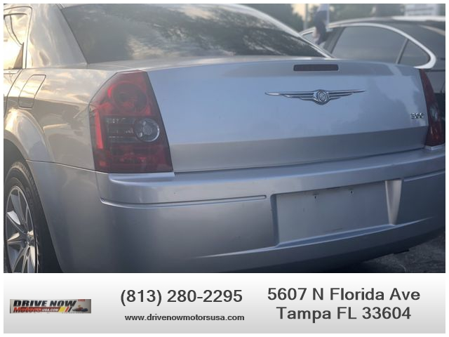Chrysler 300 2008 price $2,990